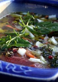 bouillon  bouillon maken laurier verse kruiden